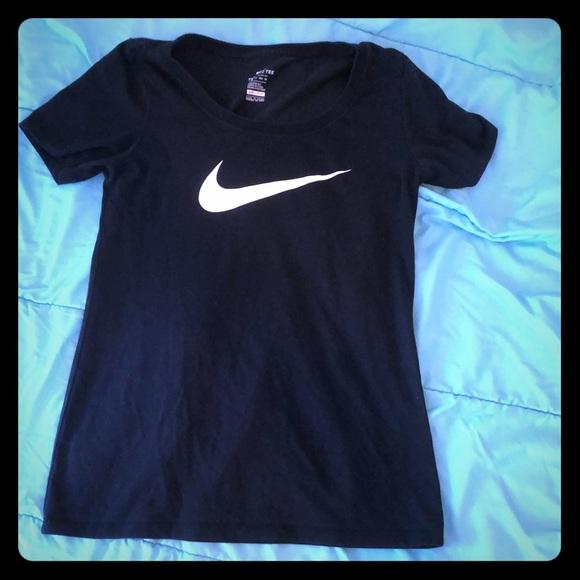Nike Tops - Nike shirt